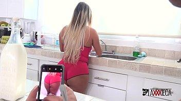 Mia Linz fazendo sexo anal caseiro bem gostoso